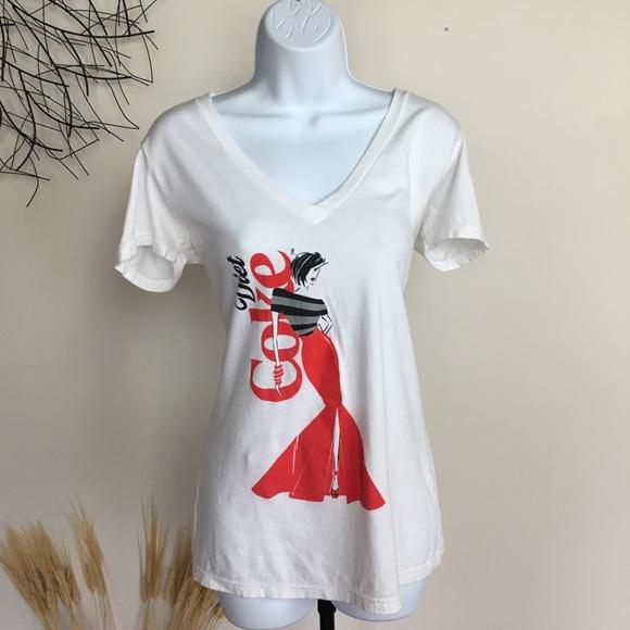 4dfc37277 diet coke Tops | Graphic White T Shirt Large Red Dress | Poshmark